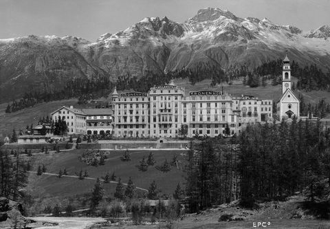 Mountain, Mountain range, Hill station, Black-and-white, Highland, Hill, Building, Alps, Architecture, Landscape,