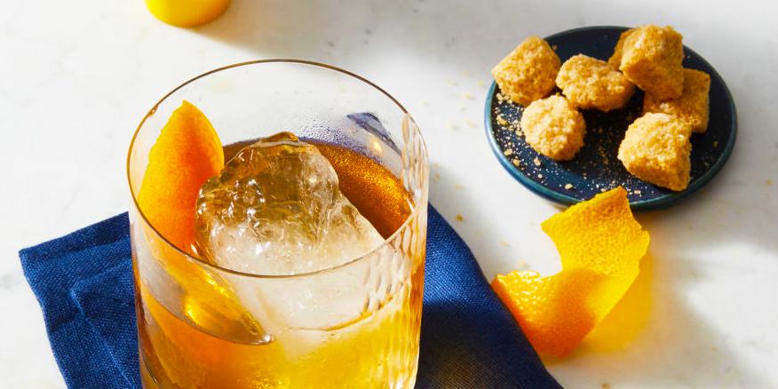 24 классических коктейля, которые улучшат ваши навыки миксологии дома