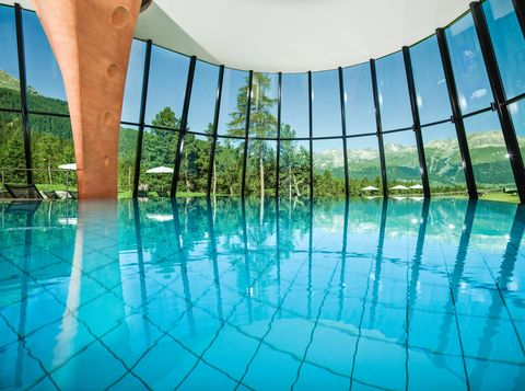 Swimming pool, Blue, Water, Property, Aqua, Leisure centre, Architecture, Leisure, Building, Reflection,