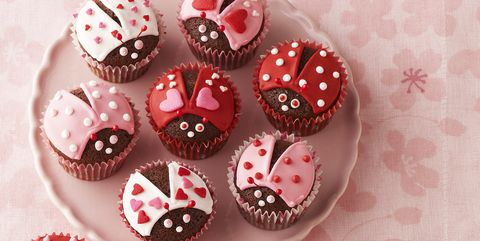 30 Easy Valentine S Day Treats For School Parties Ideas