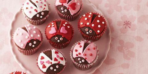 38 Easy Valentine S Day Treats For School Parties Ideas