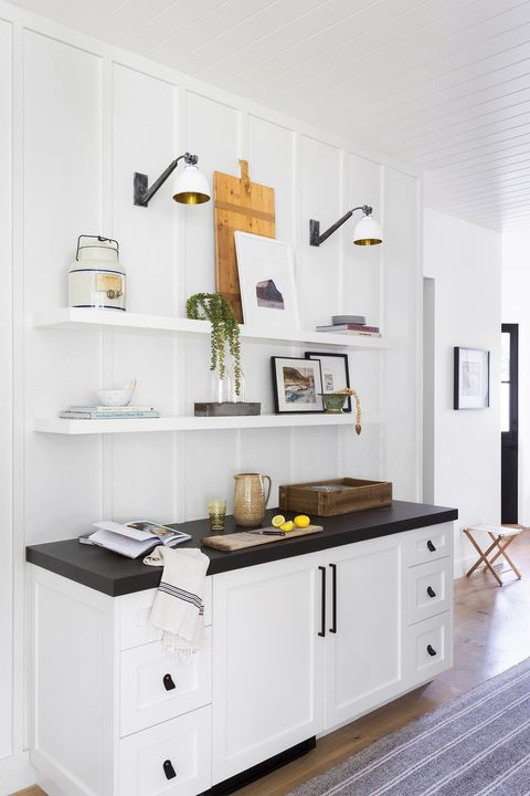 manhattan beach, ca, property, modern farmhouse style, kitchen photo by amy bartlam design by kate lester interiors
