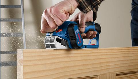 Handheld power drill, Impact driver, Tool, Hardwood, Backsaw, Laminate flooring, Wood, Power tool, Wood stain, Floor,