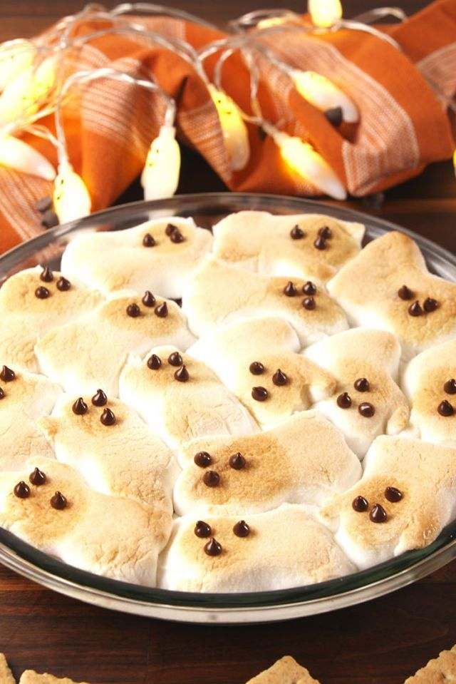 ghost s'mores dip - halloween desserts