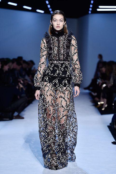 Fashion model, Fashion, Runway, Fashion show, Clothing, Haute couture, Fashion design, Dress, Event, Winter,