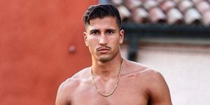 Gianmarco Onestini sin camiseta