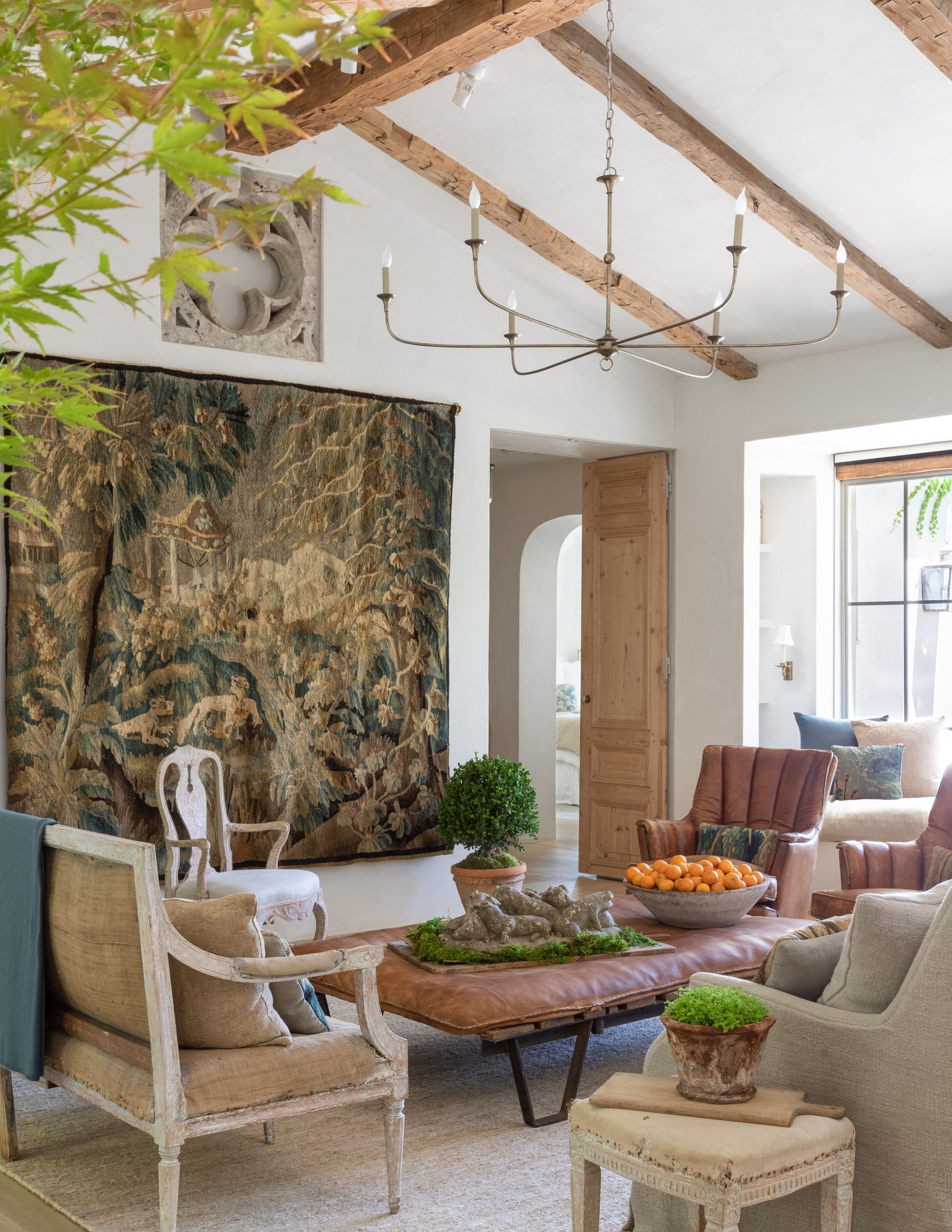 The Design Trends That Are IN and OUT in 12 - What Decorating