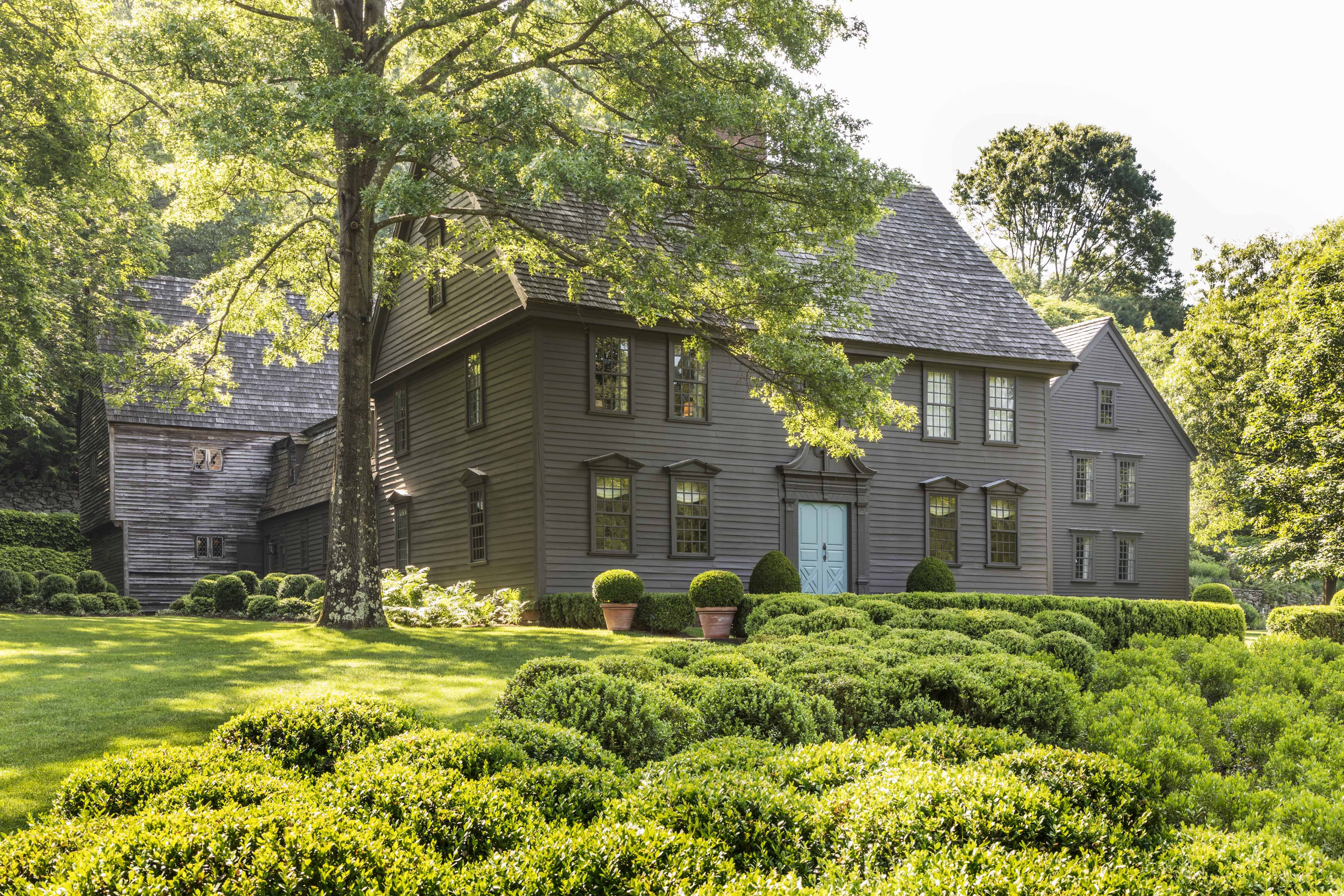 21 Boxwood Landscaping Ideas 2021 Boxwoods For Front Yard And Backyard