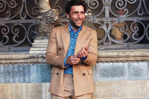 Street fashion, Blazer, Cool, Suit, Outerwear, Fashion, Jacket, Jeans, Photography, Coat,