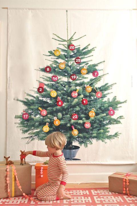 c64298d75 70+ DIY Christmas Decorations - Easy Christmas Decorating Ideas