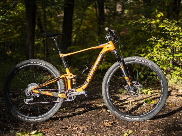 622a610d340 Giant Anthem Advanced 29 - Mountain Bike Review