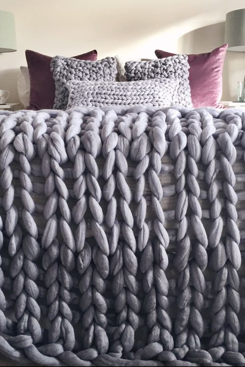 Giant Knit Ombre Blanket by Lauren Aston Designs, Giant Knit Ombre Blanket