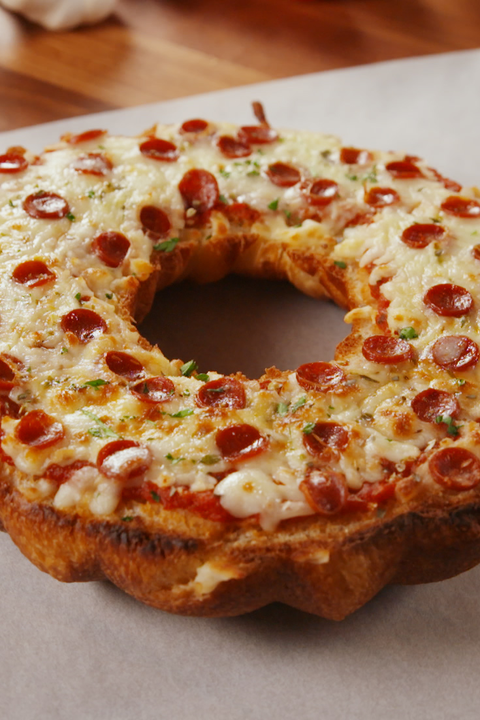 Giant Pizza Bagel Vertical