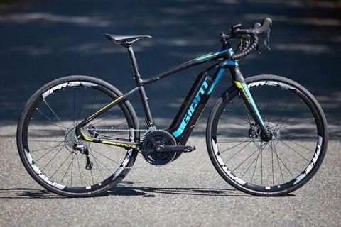 Land vehicle, Bicycle, Bicycle wheel, Bicycle part, Vehicle, Bicycle frame, Bicycle tire, Spoke, Hybrid bicycle, Bicycle handlebar,