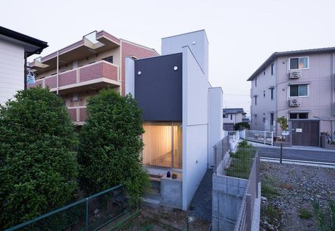 Residential area, Window, Neighbourhood, Property, Architecture, Facade, Apartment, Real estate, Home, Land lot,