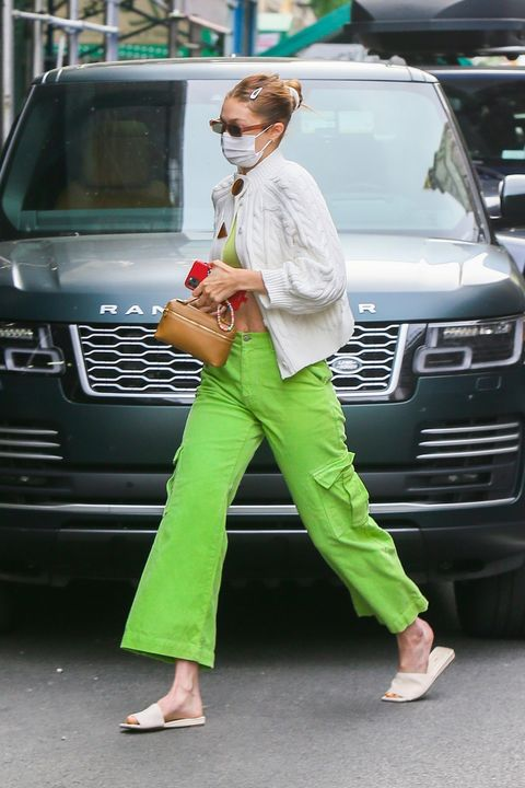 gigi hadid en route to get her covid vaccine