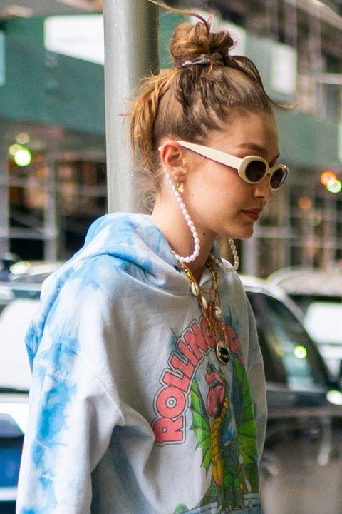gigi hadid, street style, pearl, sunglasses