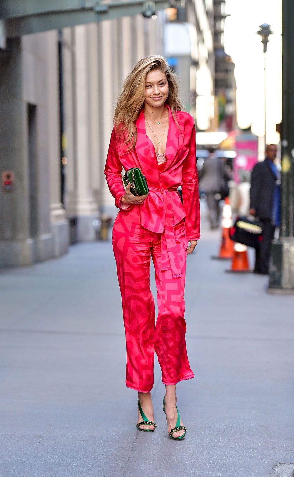 Gigi Hadid Style The Best Outfits Worn By Inside Flats Khaky