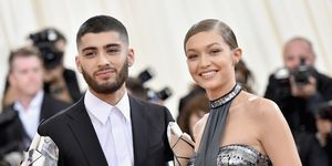 gigi hadid, bella hadid, zayn malik, gigi zayn, zayn break up, gigi break up, gigi zayn break up, gigi zayn back together, gigi hadid single, zayn malik single, zayn tattoo of gigi, gigi hadid sister, bella hadid sister