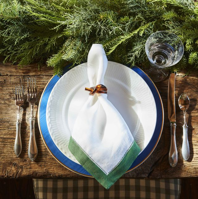 gil schafer vermont barn party tablesetting