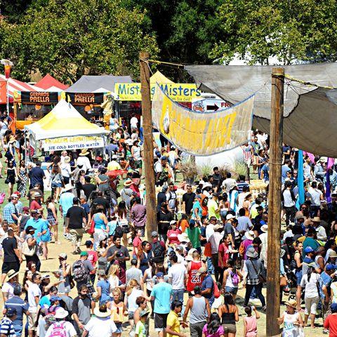 Crowd, People, Event, Festival, Public event, Block party, Audience, Fair, Party, Fête,