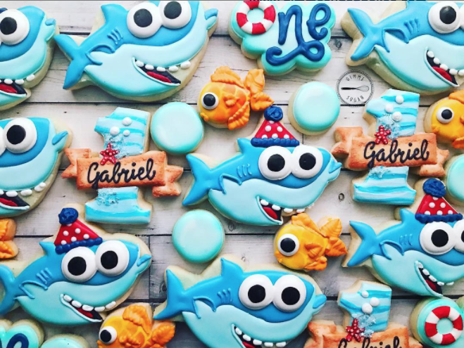 Parents Are Throwing Baby Shark Birthday Parties And The Decorations So Stinking Cute