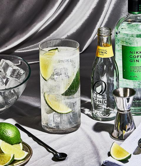Drink, Alcoholic beverage, Lemon-lime, Gin and tonic, Distilled beverage, Key lime, Lime, Vodka and tonic, Liqueur, Citrus,