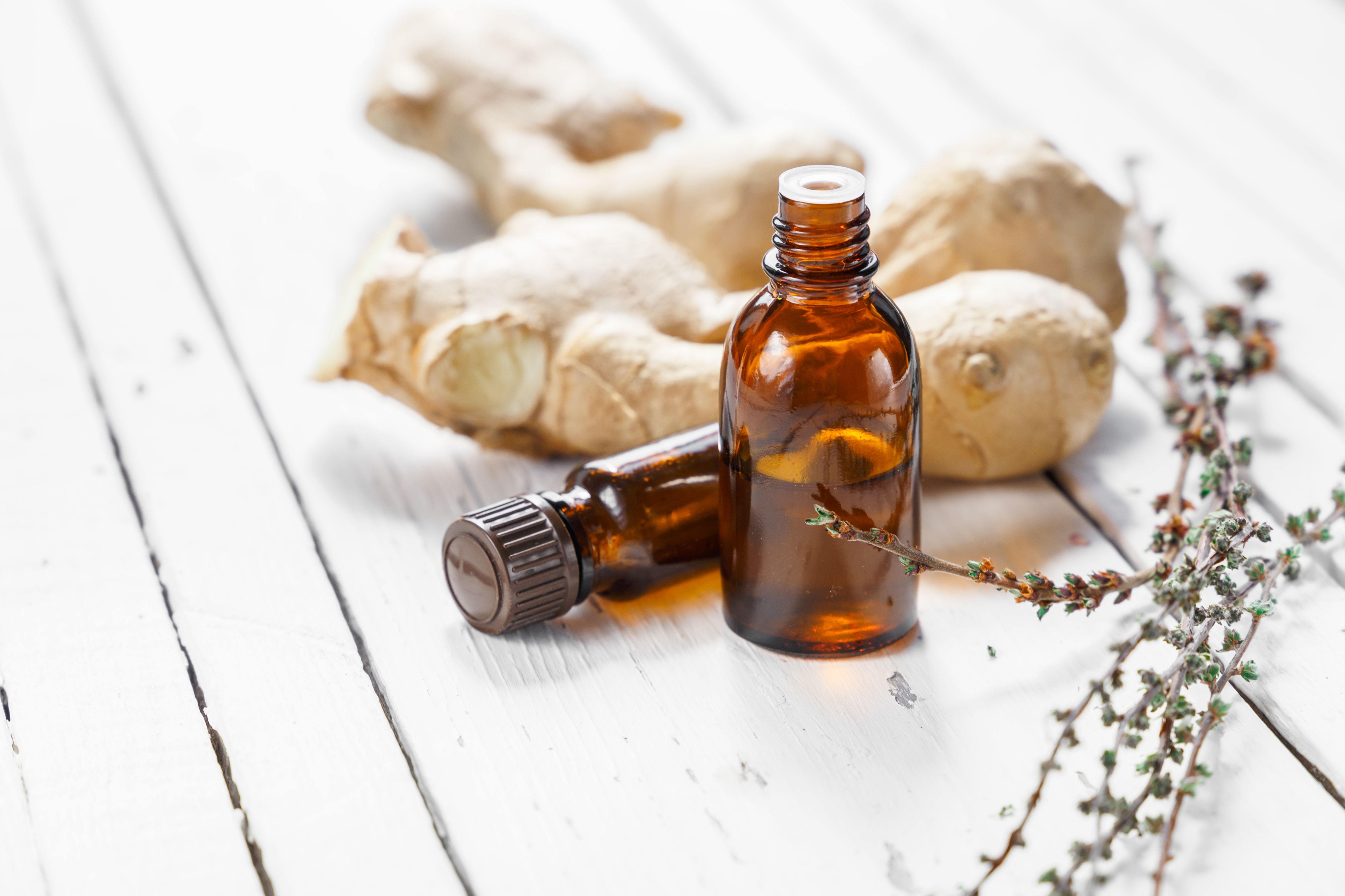 How to Use Ginger Oil for Swelling and Inflammation