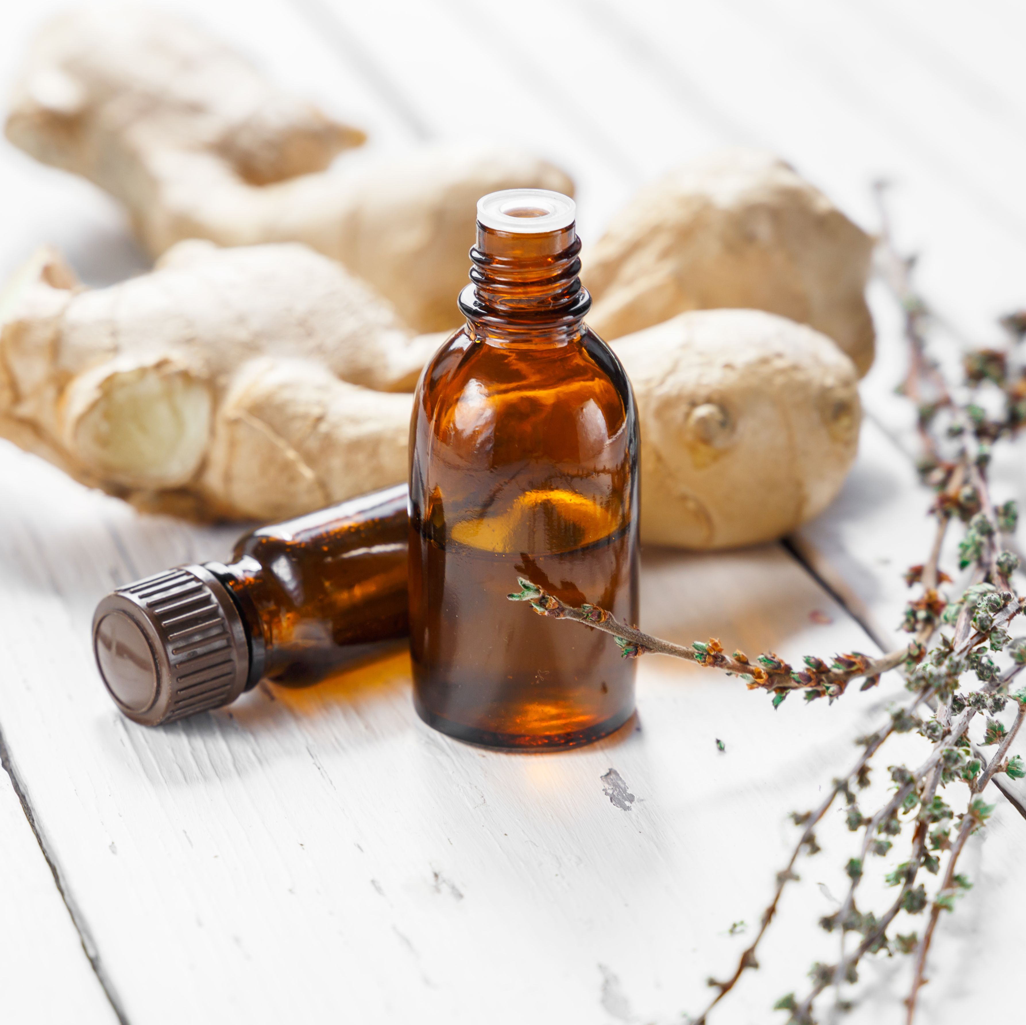 How to Use Ginger Oil for Swelling and Inflammation, According to a Dermatologist