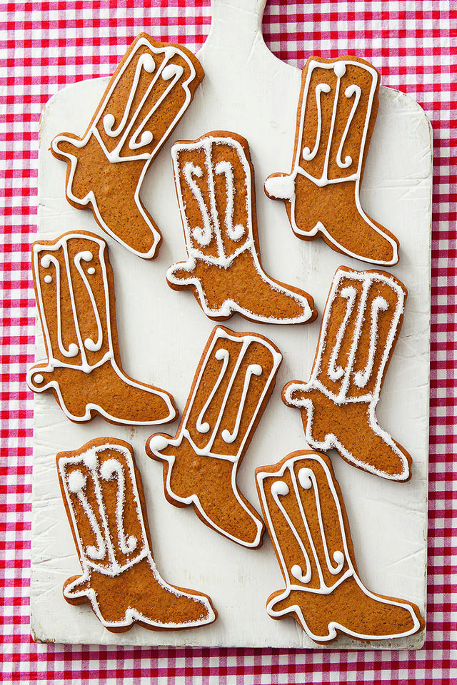 gingerbread cookies, cowboy boot shape
