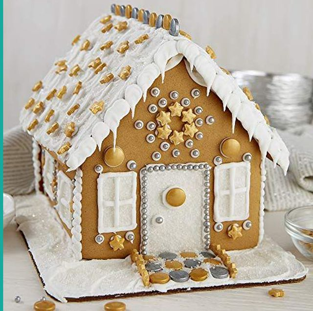 6 Best Gingerbread House Kits That Are Sooooo Cute