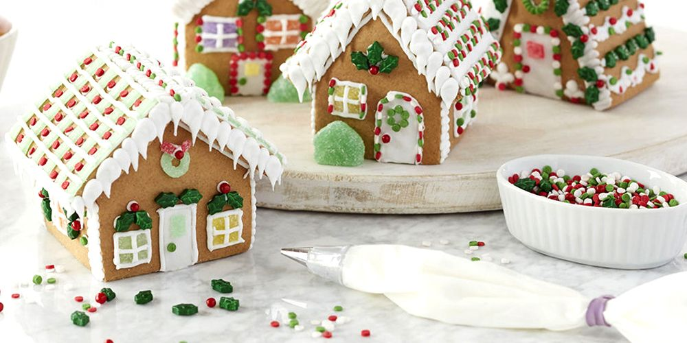 Christmas Gingerbread House.Stock Up On These Gingerbread House Kits For A Sweeter Season