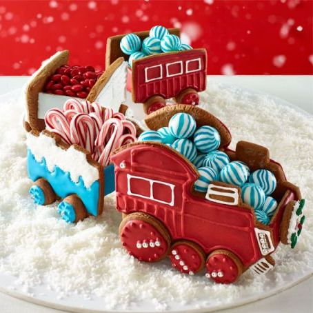 gingerbread house decorations train cars