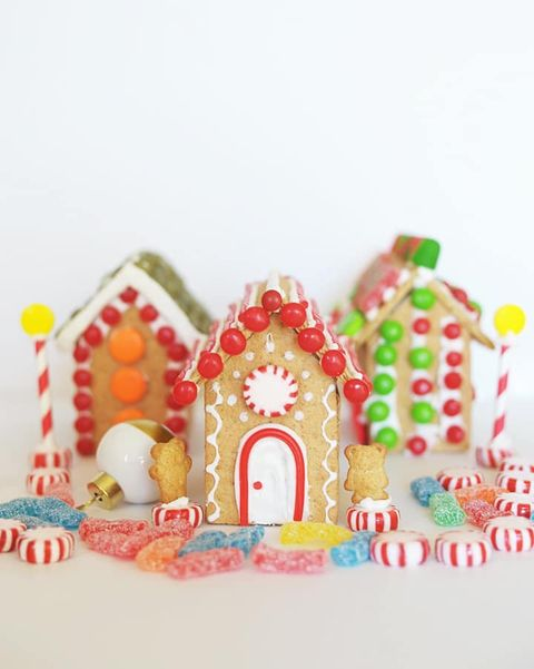 gingerbread house ideas mini graham cracker