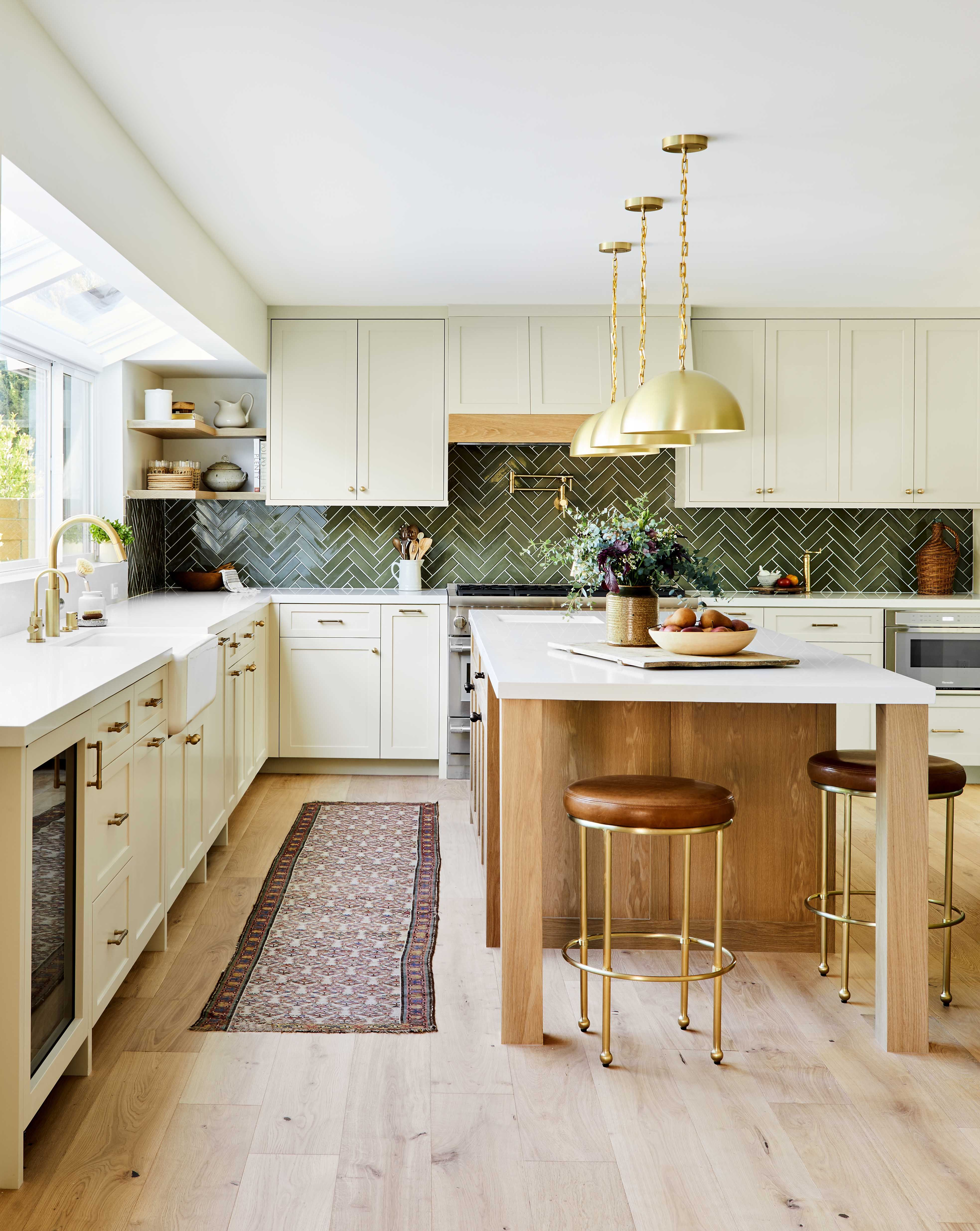 This Nature-Inspired California Kitchen Is Both Elegant and Down-to-Earth