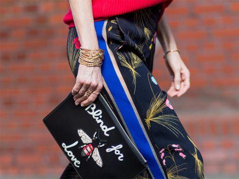 Street fashion, Clothing, Shoulder, Fashion, Waist, Joint, Beauty, Leg, Arm, Textile,