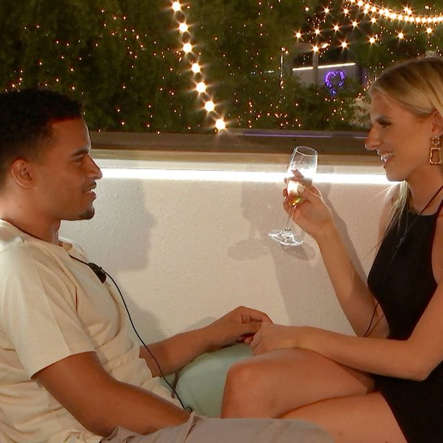 love island's toby and chloe have viewers confused