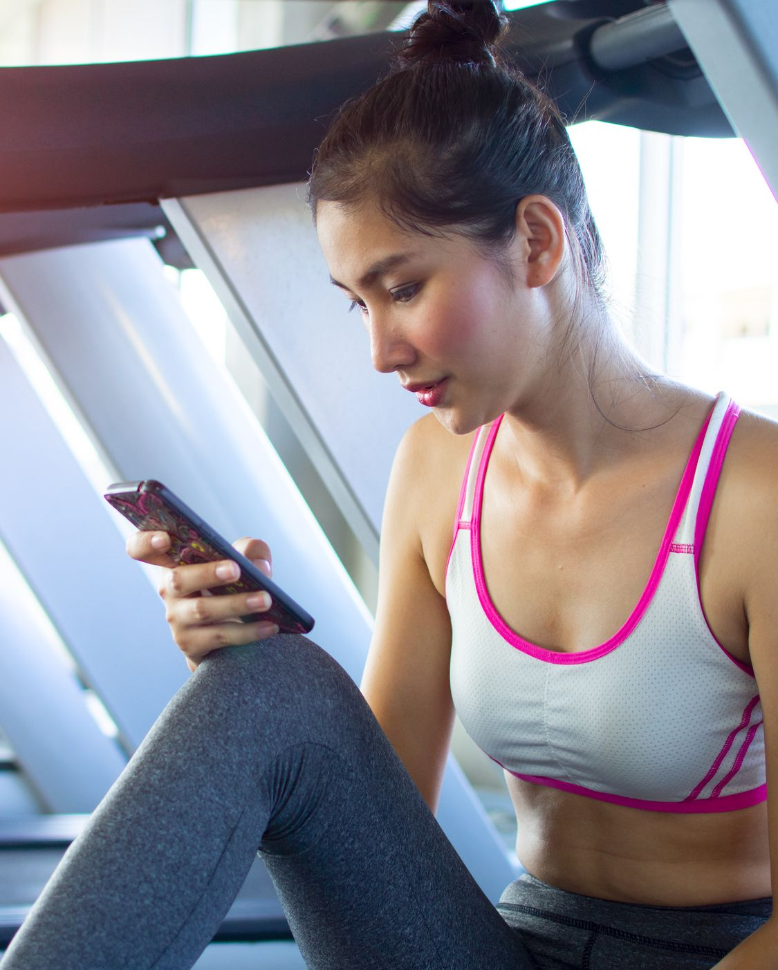 Never listen to music without headphones. It's cool that you're into listening to loud hip-hop while you work out, but not everyone needs to be up to speed on your latest playlist.