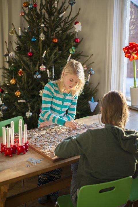 21 Fun Quarantine Christmas Ideas 2020 How To Celebrate Christmas At Home