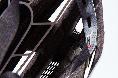 White, Bicycle wheel, Wheel, Spoke, Tire, Rim, Bicycle tire, Carbon, Automotive wheel system, Photography,