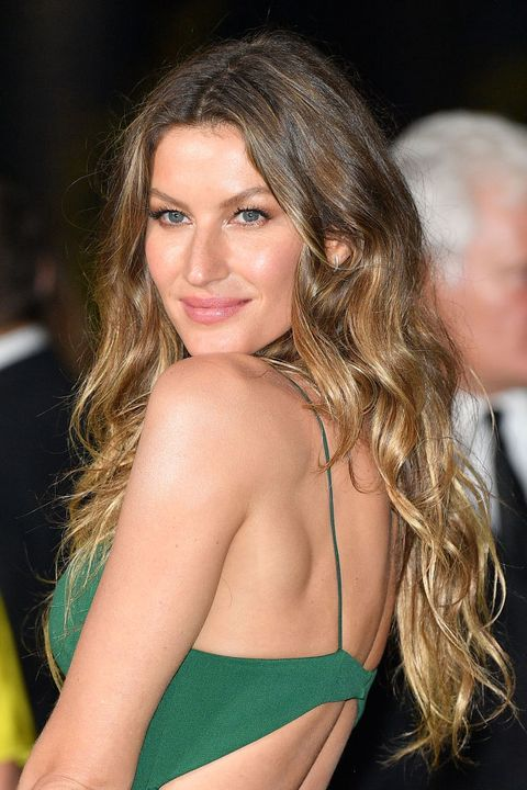 0912b3824f60 14 Caramel Hair Colors You Need to Try This Summer - Caramel Hair ...