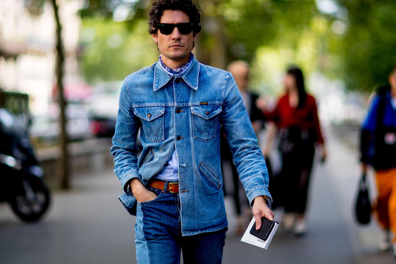 jeans con giacca per donne con forme