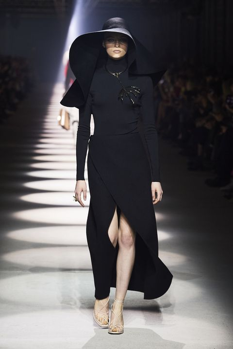 Fashion model, Fashion, Runway, Clothing, Fashion show, Shoulder, Dress, Joint, Footwear, Little black dress,