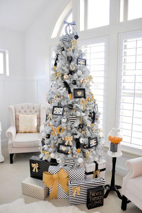 best christmas tree themes