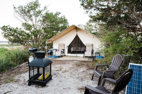 little raccoon key glamping