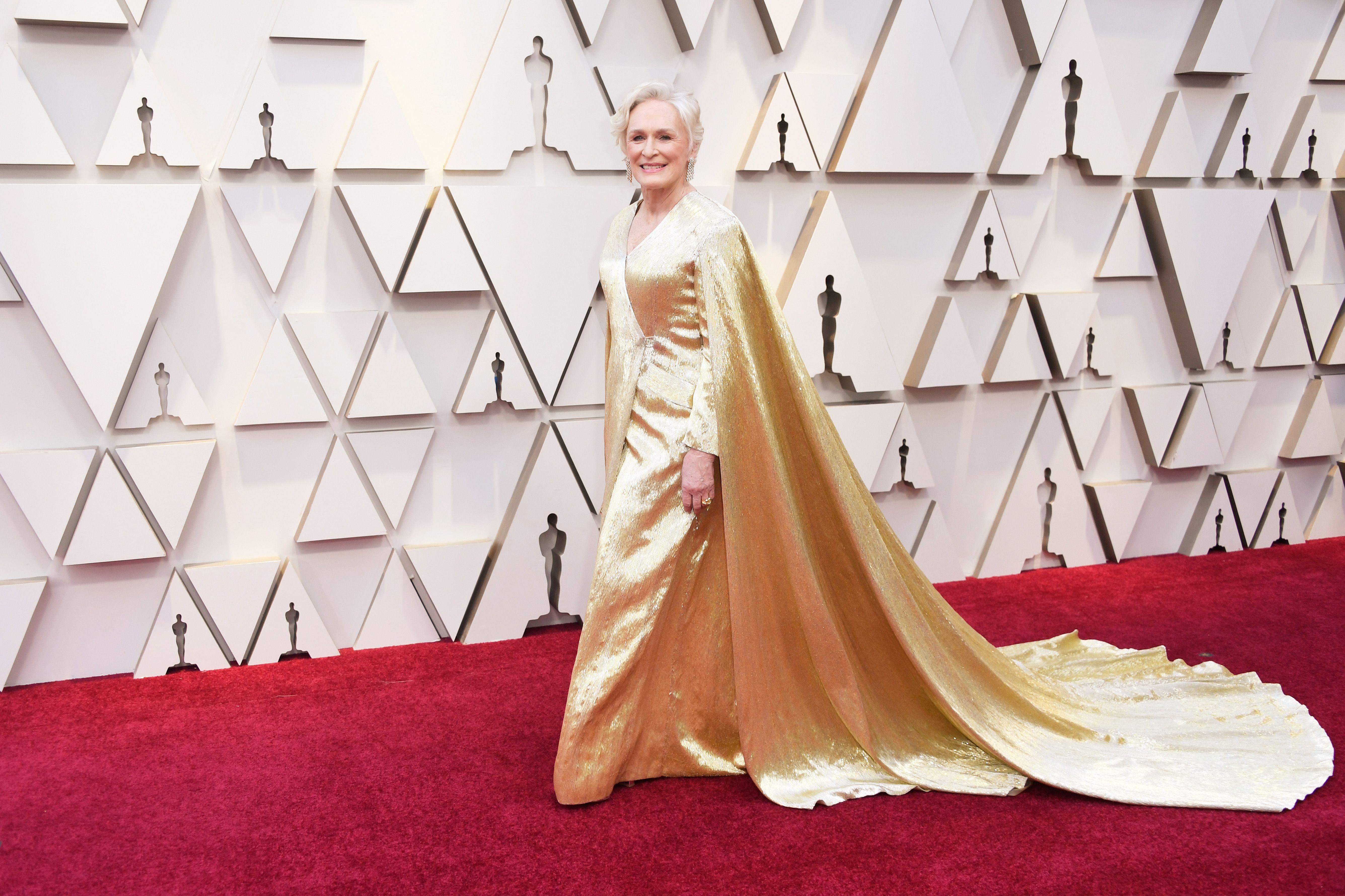 6b66f59a Glenn Close's Oscars 2019 Outfit Photos - See Glenn Close's Oscar ...