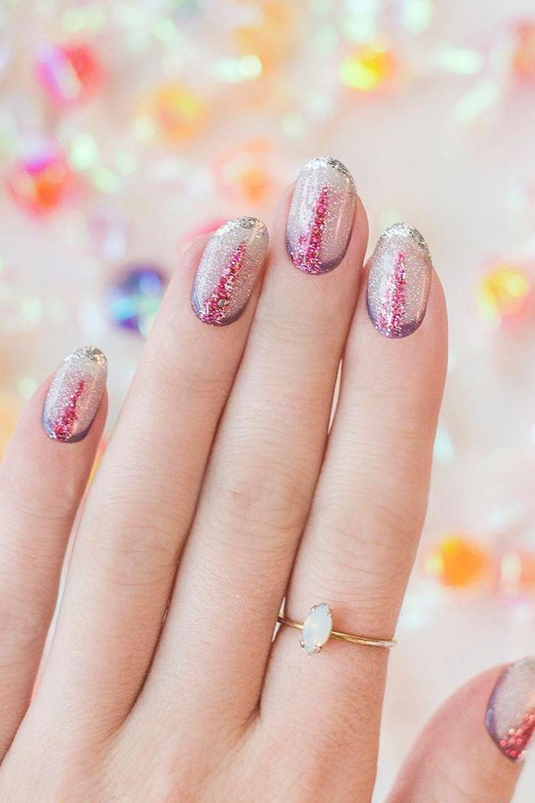 7 pretty glitter nail ideas best glitter nail polishes designs instagram hermajestyspleasure prinsesfo Images