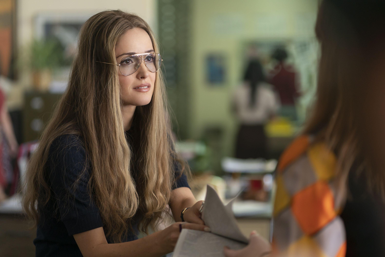 Mrs America Costumer Bina Daigeler On Gloria Steinem S Glasses In Interview