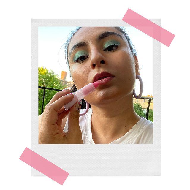 jennifer wearing glow recipe lip pop