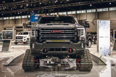 Vehicle, Auto show, Car, Motor vehicle, Automotive design, Bumper, Truck, Automotive wheel system, Commercial vehicle, Automotive tire,
